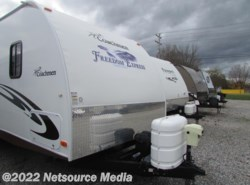 Used 2011  Coachmen Freedom Express 295RLDS by Coachmen from Northgate RV Center in Louisville, TN