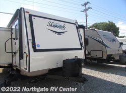 Used 2017  Forest River Flagstaff Shamrock 23IKSS by Forest River from Northgate RV Center in Louisville, TN