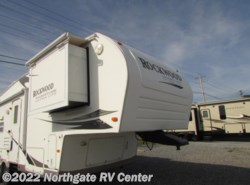 Used 2008  Forest River Rockwood Signature Ultra Lite 8285WS by Forest River from Northgate RV Center in Louisville, TN