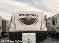 Used 2017  Heartland RV Wilderness WD 3175RE by Heartland RV from Northgate RV Center in Ringgold, GA