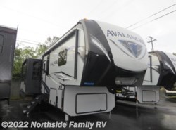 New 2018  Keystone Avalanche 395BH by Keystone from Northside RVs in Lexington, KY