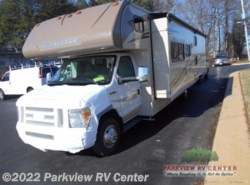 New 2017  Winnebago Minnie 331G by Winnebago from Parkview RV Center in Smyrna, DE