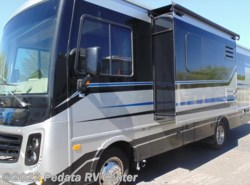 Used 2016  Monaco RV  Trek 26HM w/1sld by Monaco RV from Pedata RV Center in Tucson, AZ