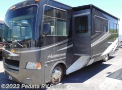 Used 2011  Four Winds International Hurricane 32A w/2slds