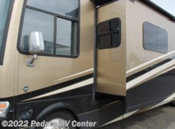 Used 2015  Newmar Canyon Star 3953 w/4slds