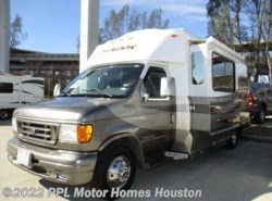 Used 2004  Chinook Glacier LE by Chinook from PPL Motor Homes in Houston, TX