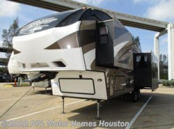 Used 2015  Keystone Cougar 303RLS by Keystone from PPL Motor Homes in Houston, TX