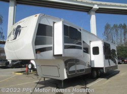 Used 2007  Forest River Cherokee 305L by Forest River from PPL Motor Homes in Houston, TX