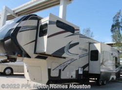 Used 2014  Grand Design Momentum 355TH by Grand Design from PPL Motor Homes in Houston, TX