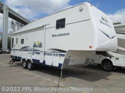 Used 2007  Fleetwood Wilderness 305RLDS by Fleetwood from PPL Motor Homes in Houston, TX