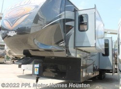 Used 2014  Heartland RV Cyclone 4100 by Heartland RV from PPL Motor Homes in Houston, TX