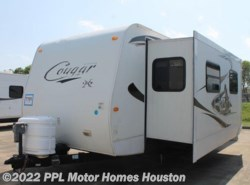 Used 2010  Keystone Cougar Lite 29FKS by Keystone from PPL Motor Homes in Houston, TX
