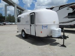 Used 2016  Casita Spirit Deluxe 17 SPIRIT DELUX by Casita from PPL Motor Homes in Houston, TX