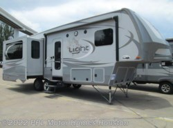 Used 2015 Open Range Light 297RLS available in Houston, Texas