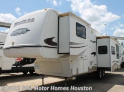 Used 2007  Keystone Montana Mountaineer 307RKD by Keystone from PPL Motor Homes in Houston, TX