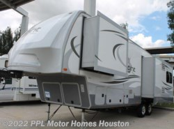 Used 2014  Open Range Light 318RLS