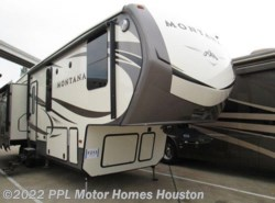 Used 2016 Keystone Montana 3160RL available in Houston, Texas