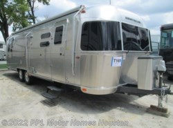 Used 2016  Airstream Flying Cloud 30F by Airstream from PPL Motor Homes in Houston, TX