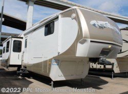 Used 2009  Keystone Big Sky 10Th Anniversary 365REQ by Keystone from PPL Motor Homes in Houston, TX