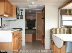 Used 2008  Itasca Cambria 26A by Itasca from PPL Motor Homes in Houston, TX