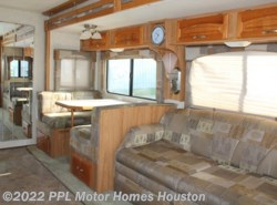 Used 2004  Georgie Boy Cruise Master 3600DS by Georgie Boy from PPL Motor Homes in Houston, TX