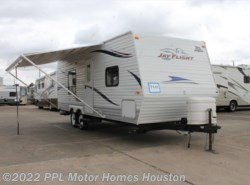 Used 2010  Jayco Jay Flight 22FB by Jayco from PPL Motor Homes in Houston, TX