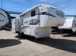 Used 2011  Keystone Mountaineer 290RLT by Keystone from PPL Motor Homes in Houston, TX