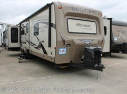 Used 2016  Rockwood  Signature Ultra Lite 8325SS by Rockwood from PPL Motor Homes in Houston, TX