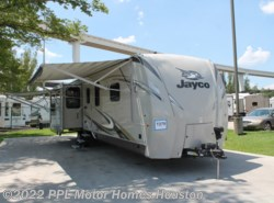 Used 2017  Jayco Eagle 330RSTS by Jayco from PPL Motor Homes in Houston, TX
