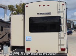 Used 2015  Keystone Montana Mountaineer 356TBF