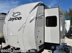 New 2017  Jayco  338RETS EAGLE by Jayco from Quality RV, Inc. in Linn Creek, MO