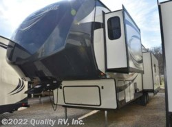 New 2017  Forest River  337BAR SALEM HEMISPHERE LITE by Forest River from Quality RV, Inc. in Linn Creek, MO