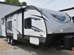 New 2018  Forest River Salem Cruise Lite 261BHXL by Forest River from Quality RV, Inc. in Linn Creek, MO