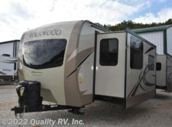 New 2018  Forest River Rockwood Signature Ultra Lite 8335BSS by Forest River from Quality RV, Inc. in Linn Creek, MO
