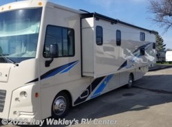 New 2019  Winnebago Vista 31BE by Winnebago from Ray Wakley's RV Center in North East, PA