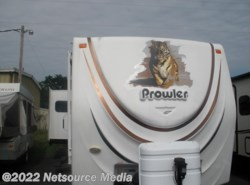 Used 2009  Fleetwood Prowler 270RLS by Fleetwood from Restless Wheels RV Center in Manassas, VA