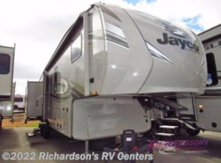 New 2018  Jayco Eagle HT 30.5MBOK by Jayco from Richardson's RV Centers in Menifee, CA