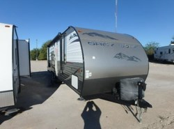 Used 2015  Forest River Grey Wolf 26RR