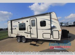 New 2018  Forest River Flagstaff Micro Lite 23FB by Forest River from ExploreUSA RV Supercenter - MESQUITE, TX in Mesquite, TX