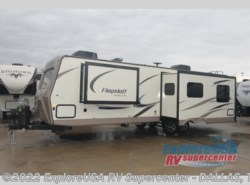 Used 2017  Forest River Flagstaff Super Lite 29RKWS by Forest River from ExploreUSA RV Supercenter - MESQUITE, TX in Mesquite, TX