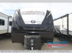 New 2019  Cruiser RV Radiance Ultra Lite 22RB by Cruiser RV from ExploreUSA RV Supercenter - MESQUITE, TX in Mesquite, TX