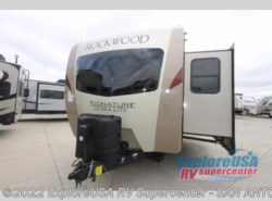 New 2018  Forest River Rockwood Signature Ultra Lite 8335BSS by Forest River from ExploreUSA RV Supercenter - SAN ANTONIO, TX in San Antonio, TX