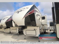 New 2018  Heartland RV Bighorn 3870FB by Heartland RV from ExploreUSA RV Supercenter - SAN ANTONIO, TX in San Antonio, TX