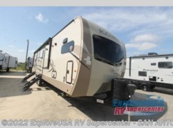 New 2019  Forest River Rockwood Signature Ultra Lite 8335BSS by Forest River from ExploreUSA RV Supercenter - SAN ANTONIO, TX in San Antonio, TX