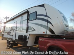 New 2017  Palomino Sabre 27BHD by Palomino from Cuno Pick-Up Coach & Trailer Sales in Montgomery City, MO