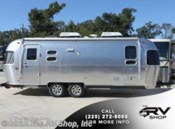 New 2017  Airstream Flying Cloud 25FB Twin by Airstream from The RV Shop, Inc in Baton Rouge, LA