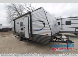 New 2017  CrossRoads Zinger Z1 Series Lite ZR18BH by CrossRoads from ExploreUSA RV Supercenter - CANTON, TX in Wills Point, TX