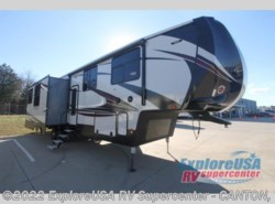 New 2017  Heartland RV Gateway 3712 RDMB by Heartland RV from ExploreUSA RV Supercenter - CANTON, TX in Wills Point, TX