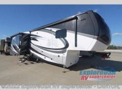New 2017  Redwood Residential Vehicles Redwood 3821RL by Redwood Residential Vehicles from ExploreUSA RV Supercenter - CANTON, TX in Wills Point, TX