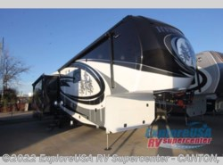 New 2017  Redwood Residential Vehicles Redwood 3901WB by Redwood Residential Vehicles from ExploreUSA RV Supercenter - CANTON, TX in Wills Point, TX